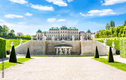 Papiers peints Jardin Upper Belvedere palace and park in Vienna, Austria