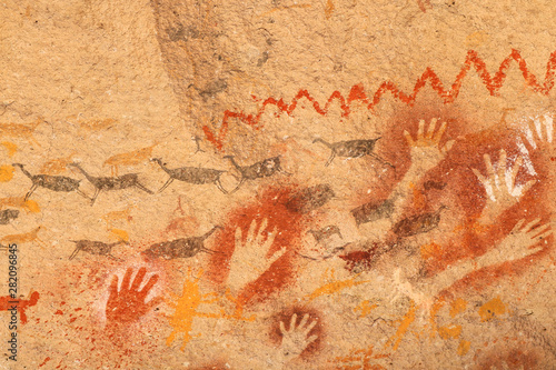 Photo ancient paintings made by prehistoric people