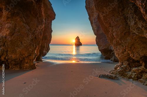 Obraz Beautiful dream Beach at sunrise near Lagos, Algarve, Portugal - fototapety do salonu