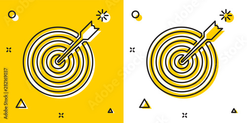 Fotomural Black Target with arrow icon isolated on yellow and white background