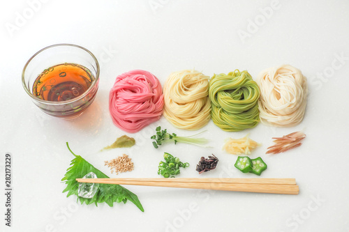 そうめん japanese summer thin noodles (somen)