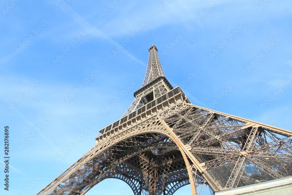 Fototapeta Eiffel tower iconic architecture Paris France  - obraz na płótnie