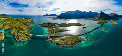 Photo sur Toile Europe du Nord Fredvang Bridges Panorama Lofoten islands