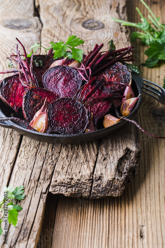Fotografie, Obraz  Homegrown roasted beets and garlic, plant based food, local produce
