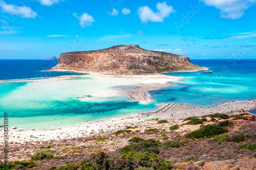 Pinturas sobre lienzo  Balos bay beach and Gramvousa island, Crete, Greece