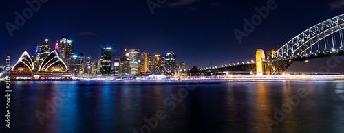 Photo  view of central sydney city harbour area in australia at night
