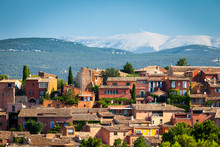 Roussillon Village With Mount Ventoux In Background, Vaucluse Region, Provence, France