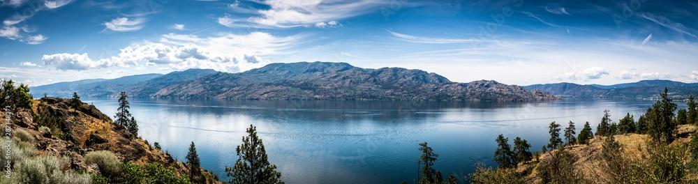 Fototapety, obrazy: Panoramic View of Okanagan Lake from Knox Mountain Park located at Kelowna British Columbia Canada