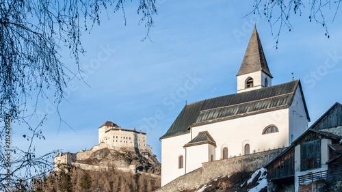 Fotografie, Obraz Tarasp church and castle in Swiss Alps
