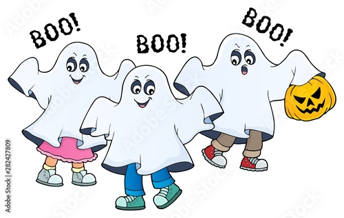 Poster de jardin Enfants Kids in ghost costumes theme image 2