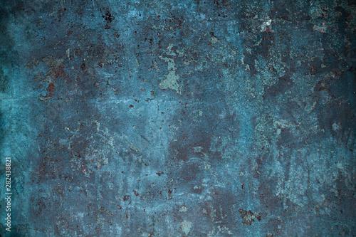betonowa-niebieska-sciana
