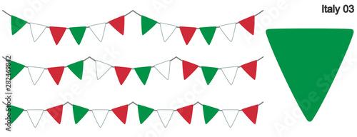 Foto  イタリアの国旗のガーラーンド ベクターデータ(bunting garland)