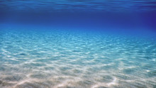 Underwater Blue Ocean, Sandy S...