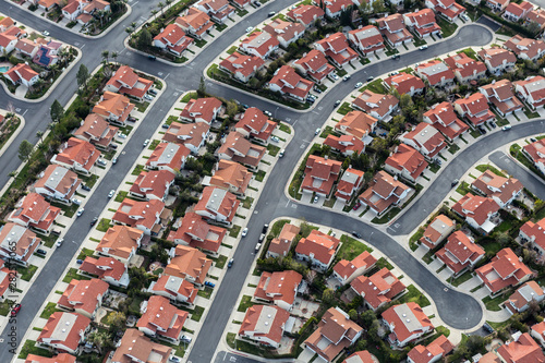 Aerial view of typical suburban cul-de-sac street in the San Fernando Valley region of Los Angeles, California Fototapet