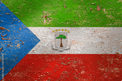 Fotografía  National flag of Equatorial Guinea on old peeling wall background