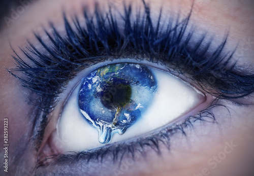 Eye with inside the World Fotobehang