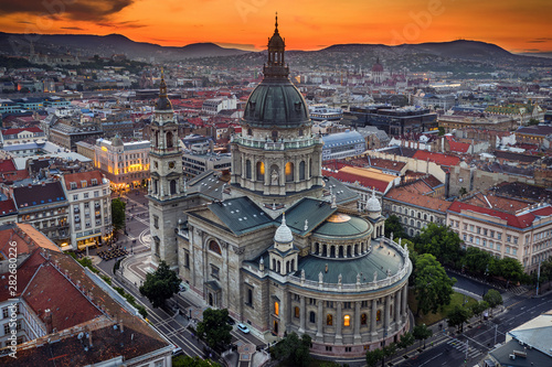 Fototapeta Budapest, Hungary - Aerial drone view of the beautiful St