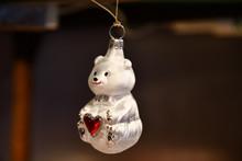 Cute Glass Christmas Ornament ...