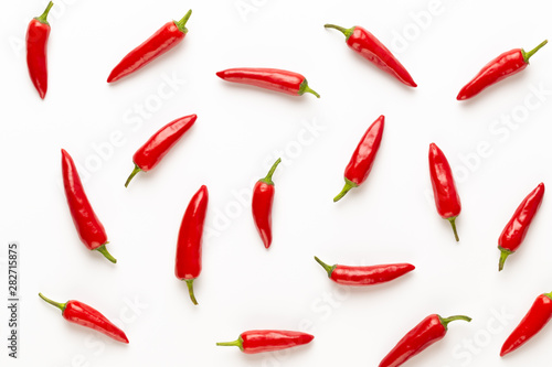 Poster Pays d Europe Chili or chilli cayenne pepper isolated on white background cutout.
