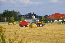 Tractor And Sheaf Machine Work...