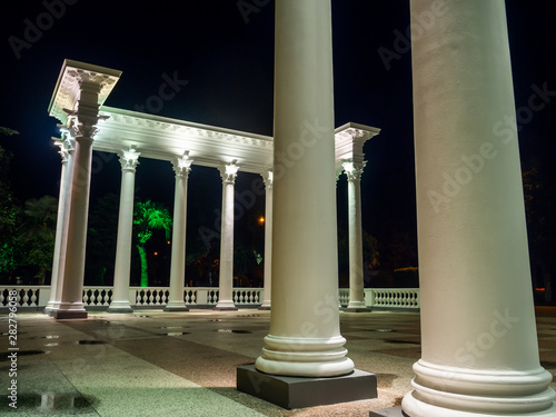 Obraz na plátně Historical Greek-style colonnades in Batumi at night