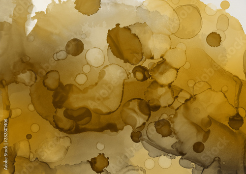 Photo sur Toile Empreintes Graphiques Hand painted gold alcohol ink background. Abstract delicate yellow texture. Contemporary wallpaper.