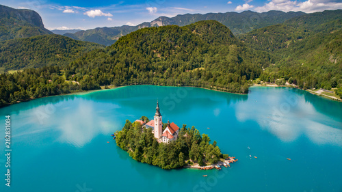 Pinturas sobre lienzo  Aerial View of Lake Bled
