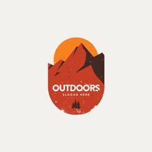 Modern Retro Hipster Flat Outdoor Mountain Badge, Vintage Logo Style