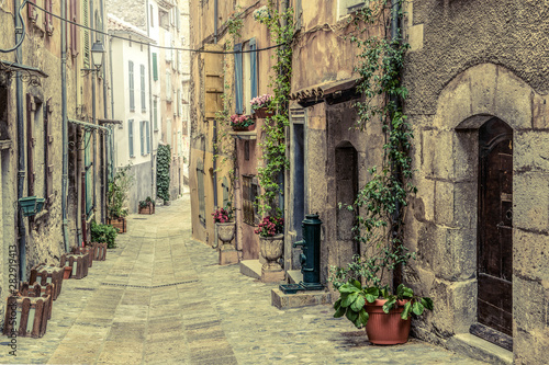 Fototapety, obrazy: Old pitoresque street in the village Entrevaux in France