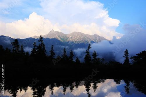 Aluminium Prints 北アルプス笠ヶ岳への道 小池新道 鏡平の風景 鏡池と夕映えの槍ヶ岳