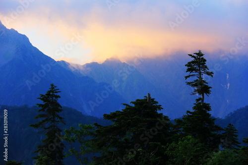 Aluminium Prints 北アルプス笠ヶ岳への道 小池新道 鏡平の風景 映える穂高連峰 大キレット