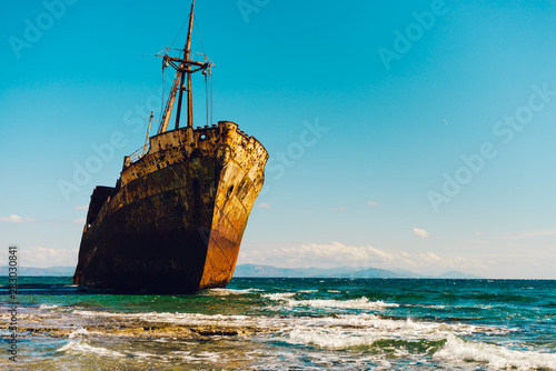 Fotobehang Schipbreuk The famous shipwreck near Gythio Greece