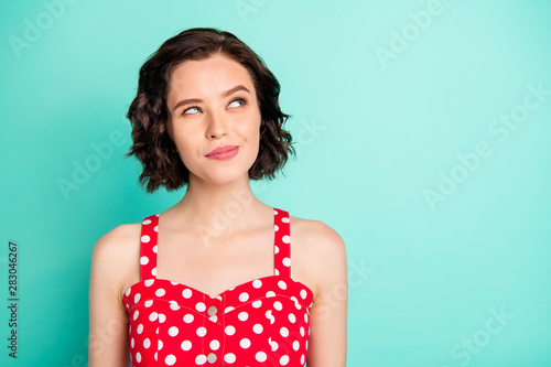 Carta da parati  Photo of funny beautiful gorgeous charming fascinating woman planning how to get