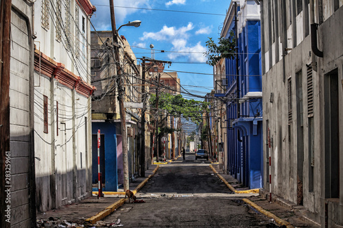Streets of Kingston in Jamaica - the caribbean island Tableau sur Toile