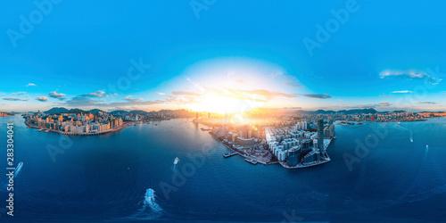 Fotografia  Panorama aerial view of Hong Kong in eastern Victoria Harbor.