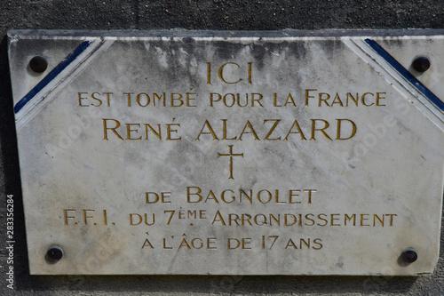 Cuadros en Lienzo  Paris; France - april 2 2017 : commemorative plaque