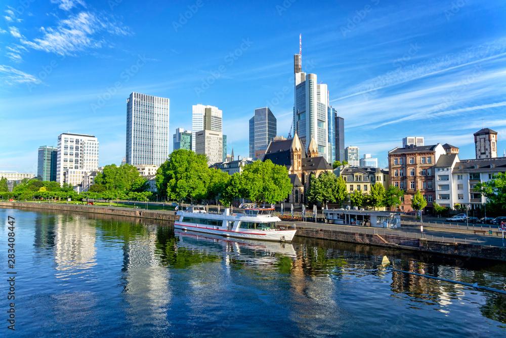 Fototapety, obrazy: Frankfurt skyline at sunny day