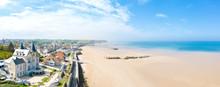 Panoramique Sur La Plage D'Arr...