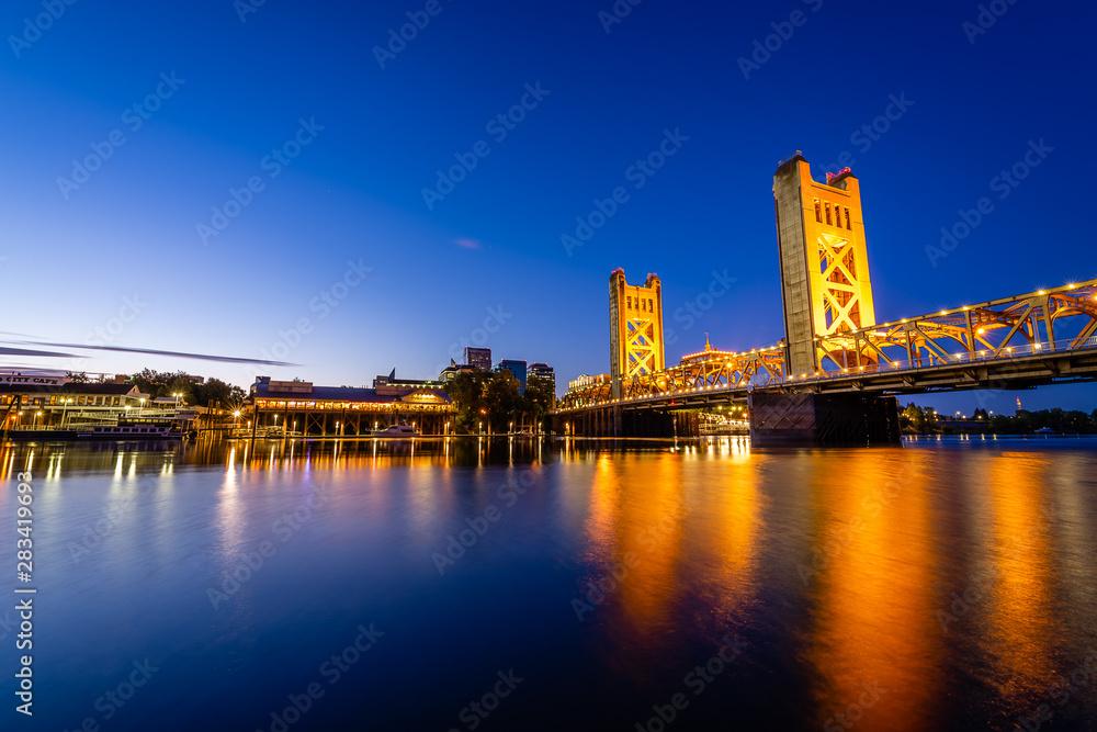 Fototapety, obrazy: Sunrise over West Sacramento