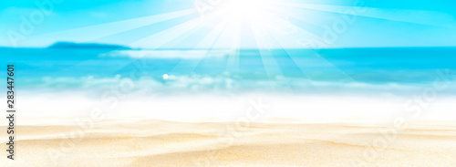 Keuken foto achterwand Strand Panorama view of blur beautiful tropical beach with bokeh sun light wave abstract background.
