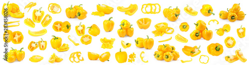 Fotografia Set of ripe yellow bell peppers on white background