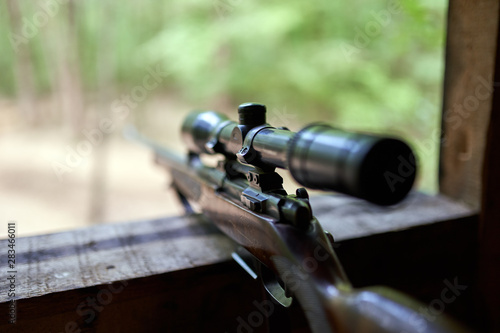 Valokuva Hunting rifle with scope