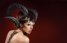 Girl With Unusual Hair And Exp...