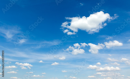 Spoed Foto op Canvas Londen blue sky background with tiny clouds