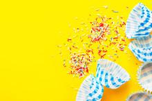 Muffins Cupcakes Paper Cups Li...