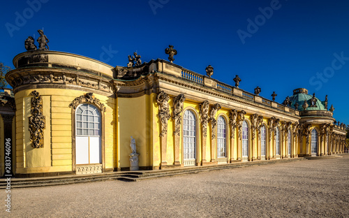 Cuadros en Lienzo  Sanssouci Palace, the summer palace of Frederick the Great, King of Prussia, in