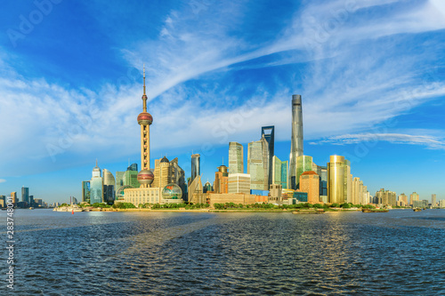Foto auf Leinwand Shanghai Shanghai city landscape during the day and Huangpu River