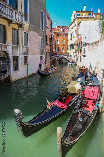 Fototapety, obrazy: Views of streets and canals in Venice Italy