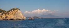 Cliff Mit Dem Leuchtturm Von Capo Miseno Im Golf Von Neapel