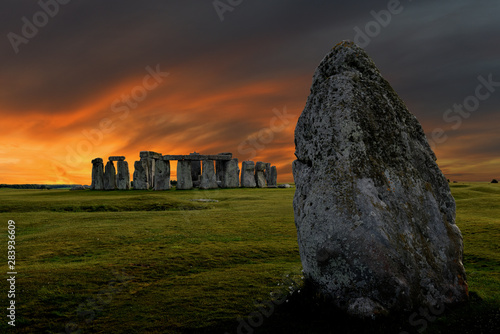 Fototapeta Stonehenge an ancient prehistoric stone monument from Bronze and Neolithic ages,